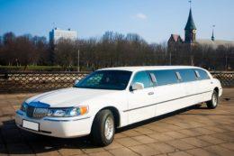 Лимузин Линкольн Town Car в стиле Кабаре