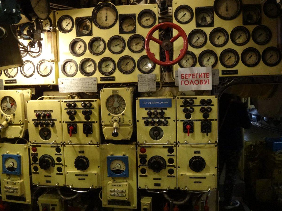 Фото экспонатов лодки-музея